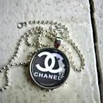 Designer Images.Chanel. Cha..