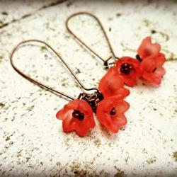 Bell Flower Coral Lucite Frosted Coral flowers. Copper earrings. Bohemian. Spring jewelry. Summer. Beach. Coral pink. Coral red. Earrings.