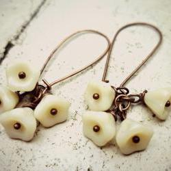 Czech Glass Bell Flowers Vanilla Cream. Antiqued copper kidney wire. Spring jewelry. Summer. Beach. White flower Earrings. Copper earrings.
